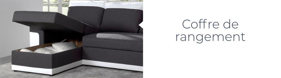 Bien utile, un coffre de rangement est placé sous la méridiennes du canapé d'angle Milan